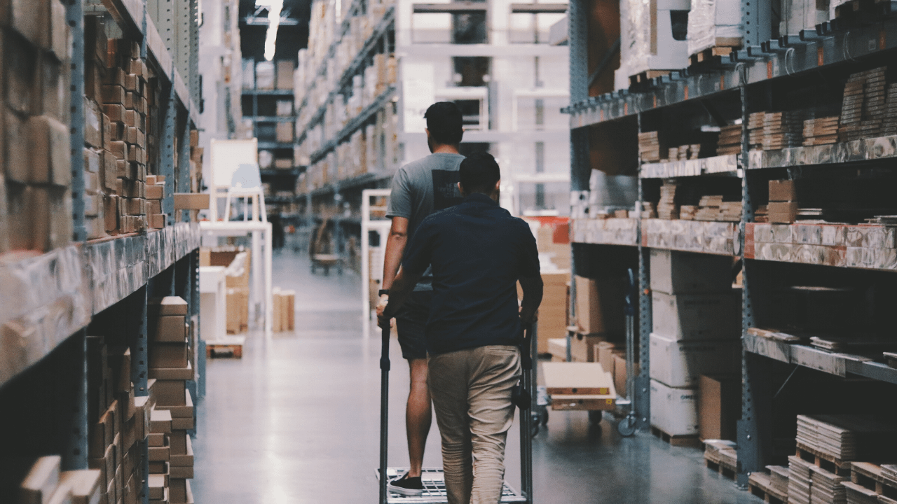 the-perils-of-a-manual-ecommerce-returns-process-warehouse